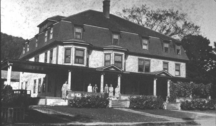 Rochester Inn s43.jpg