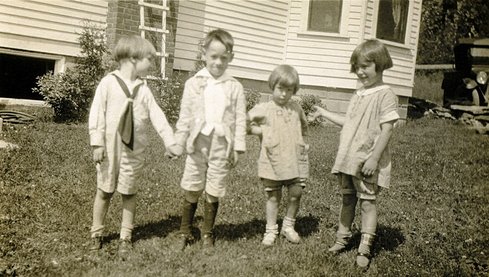1923-Allen-Brooks.jpg