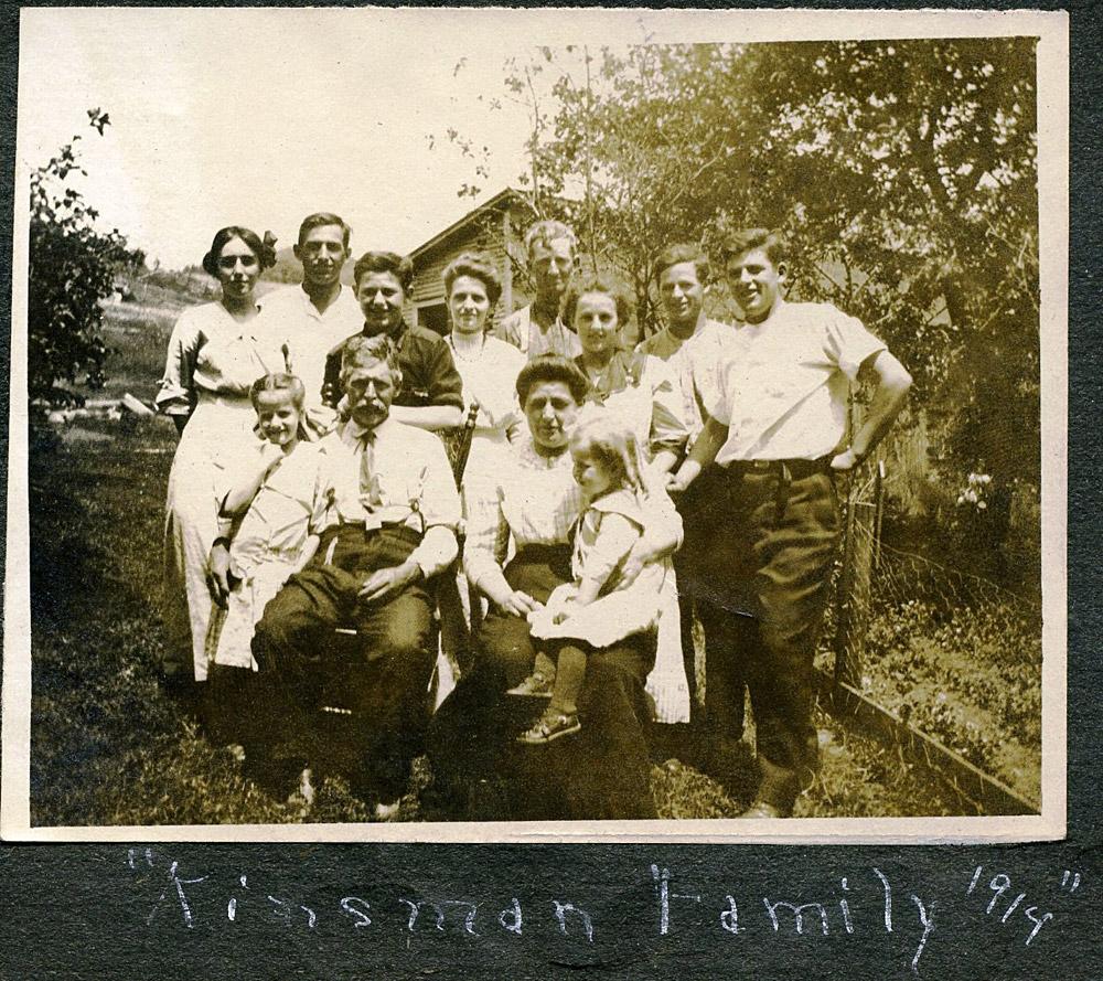 Kinsman-Reunion---1915.jpg