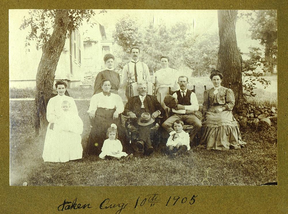marsh-family-1905.jpg