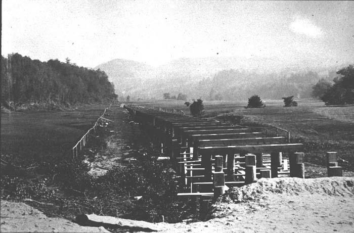 Building R.R. Bridge s52.jpg